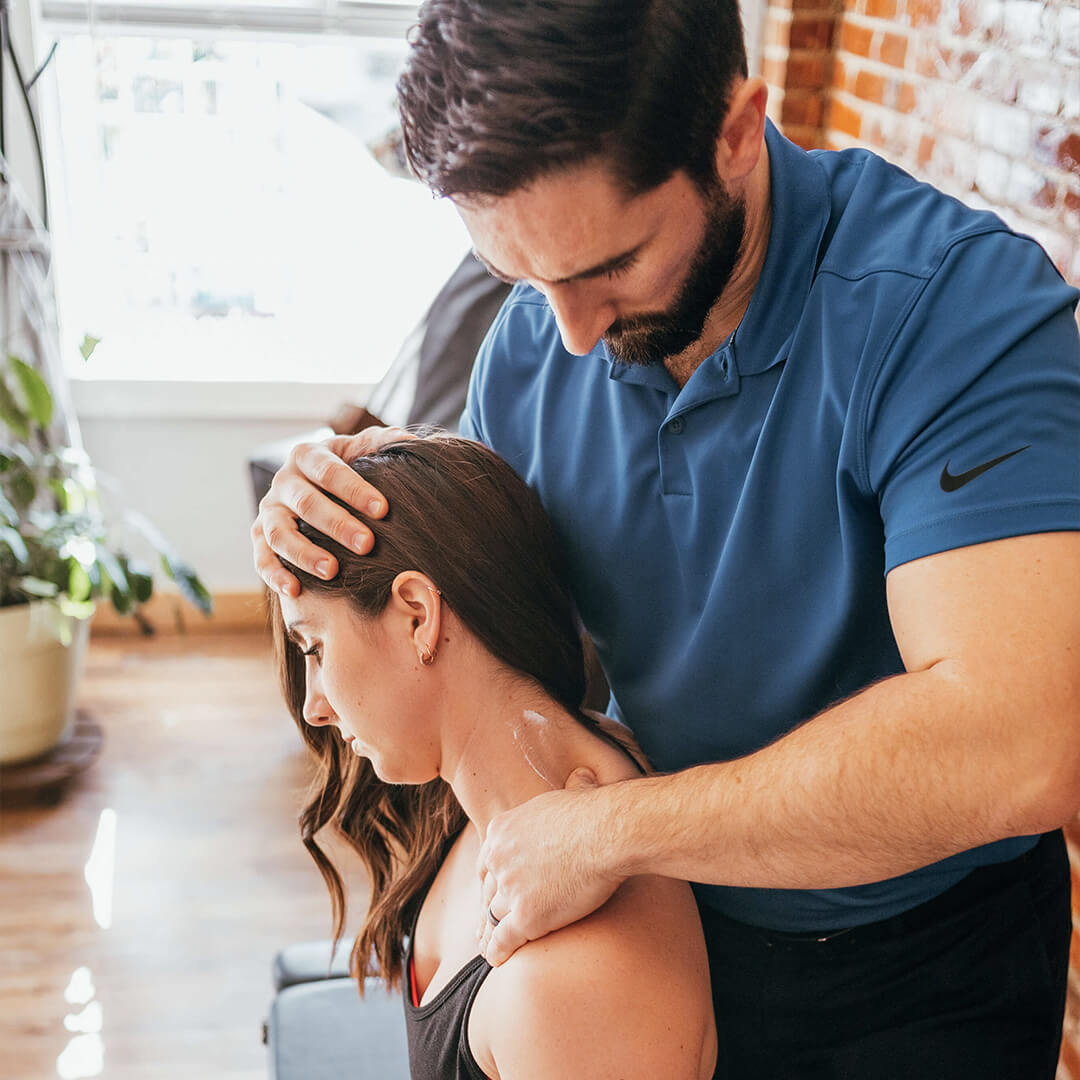 Harvest Chiropractic Muscle therapy for tight, painful muscles by a chiropractor in Omaha, Springfield, Lincoln, Nebraska